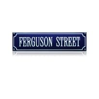 SS-24 emaille straatnaambord 'Ferguson street'