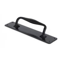 Wardlo deurgreep op schild 318x65mm/ greep 200mm smeedijzer zwart